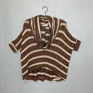 Lush lightweight knit sweater w/dropped shoulders